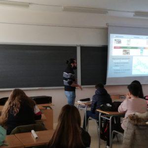 Marató d'activitats del museu en l'IES Paco Mollá: un viatge al passat romà de Petrer