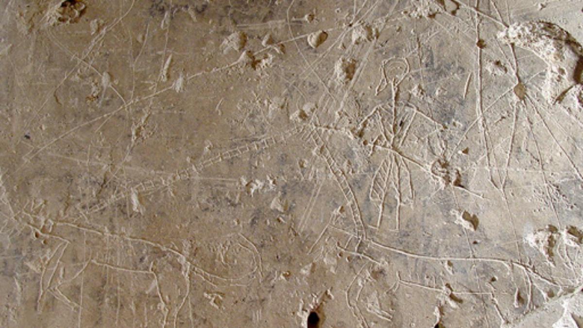 Grafiti calabozo castillo Petrer