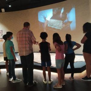 El Museo Dámaso Navarro colabora con la Concejalía de Servicios Sociales