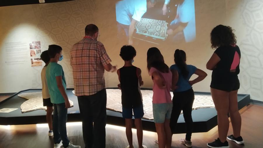 niños servicios sociales museo mosaico 08-20