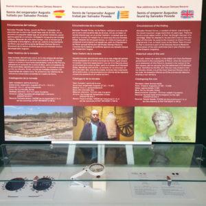 La vitrina con las nuevas incorporaciones al Museo Dámaso Navarro ya se puede visitar